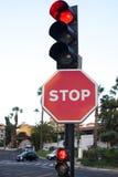στάση σημαδιών Η οδική κυκλοφορία σημαίνει τη μεγάλη προσοχή διανυσματικό λευκό παραλλαγών κυκλοφορίας ανασκόπησης απομονωμένο απ Στοκ εικόνες με δικαίωμα ελεύθερης χρήσης