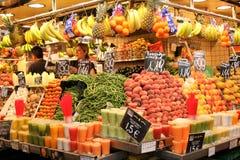 Στάση φρούτων στο καλοκαίρι Στοκ Φωτογραφίες