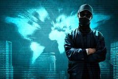 Στάση χάκερ πέρα από το δυαδικό κώδικα Στοκ φωτογραφίες με δικαίωμα ελεύθερης χρήσης