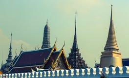 Στέγες του μεγάλου παλατιού στη Μπανγκόκ Ταϊλάνδη Στοκ φωτογραφία με δικαίωμα ελεύθερης χρήσης
