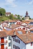 Στέγες των χαρακτηριστικών κτηρίων Ciboure Aquitaine Γαλλία Στοκ Εικόνες