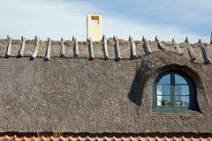 Στέγη από ένα άχυρο σε ένα σπίτι Στοκ εικόνες με δικαίωμα ελεύθερης χρήσης