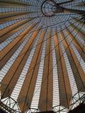στέγη γυαλιού κουδουν&i Στοκ Εικόνες