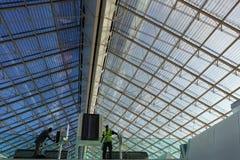 Στέγη γυαλιού Roissy Charles de Gaule Airport Στοκ εικόνα με δικαίωμα ελεύθερης χρήσης
