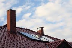 στέγη επιτροπής ηλιακή Στοκ εικόνα με δικαίωμα ελεύθερης χρήσης