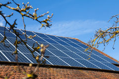 στέγη επιτροπών ηλιακή Στοκ Φωτογραφίες