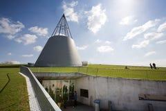 Στέγη που καλύπτεται με τη χλόη Στοκ εικόνες με δικαίωμα ελεύθερης χρήσης