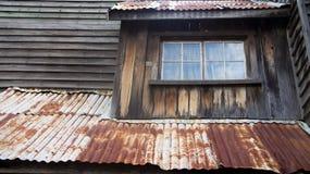 στέγη σκουριασμένη Στοκ φωτογραφία με δικαίωμα ελεύθερης χρήσης