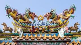 Στέγη σπιτιών κινέζικων ειδώλων στοκ εικόνες με δικαίωμα ελεύθερης χρήσης