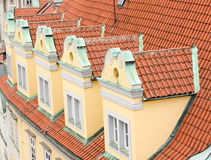 στέγη της Πράγας λεπτομε&rho Στοκ Φωτογραφίες