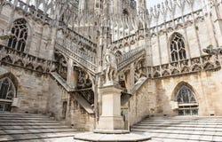 Στέγη του καθεδρικού ναού Duomo στο Μιλάνο στοκ φωτογραφίες