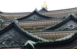 Στέγη του Νάγκουα Castle με το χρυσό κυπρίνο στοκ φωτογραφία με δικαίωμα ελεύθερης χρήσης