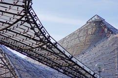 Στέγη των σύγχρονων κτηρίων Στοκ φωτογραφία με δικαίωμα ελεύθερης χρήσης
