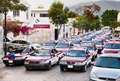 Στήλη ταξί στην οδό Oaxaca, Μεξικό Στοκ Εικόνες