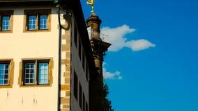Στήλη Merkursaeule στη θέση Schillerplatz Στουτγάρδη Baden Wuerttemberg Γερμανία φιλμ μικρού μήκους