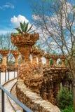 Στήλες στο πάρκο Guell που σχεδιάζεται από το Antoni Gaudi στη Βαρκελώνη, Ισπανία Στοκ Εικόνα