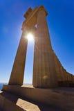 Στήλες του αρχαίου ναού σε Lindos Ρόδος Ελλάδα Στοκ Εικόνα