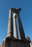 Στήλες του ναού Apolo ` s και του θεάτρου του Marcello ` s - καταπληκτική Ρώμη, Ιταλία Στοκ φωτογραφία με δικαίωμα ελεύθερης χρήσης