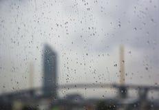 Σταγόνες βροχής στο παράθυρο Στοκ Εικόνα