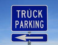 σταθμεύοντας truck σημαδιών Στοκ Εικόνες