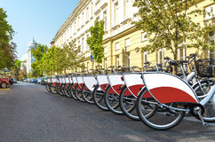 Σταθμός ενοικίου ποδηλάτων Στοκ εικόνα με δικαίωμα ελεύθερης χρήσης