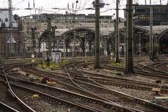 Σταθμός Κολωνία ραγών σταθμών συνδέσεων σιδηροδρόμων Στοκ φωτογραφία με δικαίωμα ελεύθερης χρήσης
