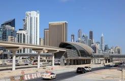 σταθμός μετρό μαρινών του Ντουμπάι Στοκ εικόνες με δικαίωμα ελεύθερης χρήσης