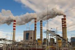 Σταθμός παραγωγής ηλεκτρικού ρεύματος άνθρακα στην Πολωνία, Ευρώπη. Στοκ Φωτογραφίες