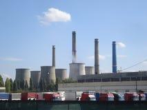 σταθμός παραγωγής ηλεκτρικού ρεύματος βιομηχανίας οικολογίας θερμικός Στοκ εικόνα με δικαίωμα ελεύθερης χρήσης