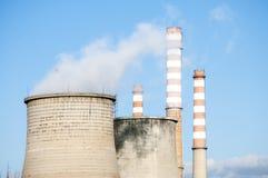 σταθμός παραγωγής ηλεκτρικού ρεύματος βιομηχανίας οικολογίας θερμικός Στοκ φωτογραφίες με δικαίωμα ελεύθερης χρήσης