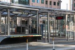 Σταθμός ραγών μετρό Buffalo Plaza πηγών Στοκ Φωτογραφίες