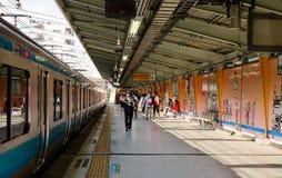 Σταθμός τρένου σε Kamakura, Ιαπωνία Στοκ Εικόνες