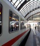 Σταθμός τρένου Hauptbahnof του Βερολίνου στοκ εικόνες