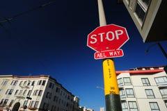 Σταματήστε το σημάδι Στοκ φωτογραφίες με δικαίωμα ελεύθερης χρήσης