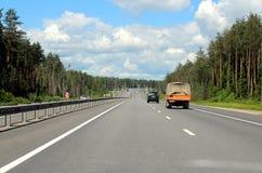 Σταυροδρόμια με τις κατευθύνσεις σε Nizhny Novgorod και το Βλαντιμίρ στοκ εικόνες με δικαίωμα ελεύθερης χρήσης
