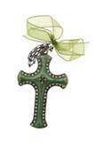 Σταυρός που απομονώνεται πράσινος στο λευκό Στοκ Φωτογραφία
