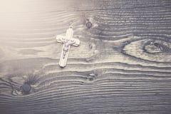 Σταυρός στον πίνακα Στοκ εικόνα με δικαίωμα ελεύθερης χρήσης