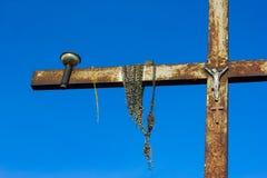 Σταυρός στο Hill των σταυρών στη Λιθουανία. Στοκ εικόνες με δικαίωμα ελεύθερης χρήσης