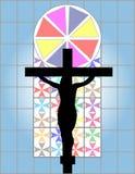 Σταυρός του Ιησούς Χριστού στο ζωηρόχρωμο τοίχο Cristal στο ναό Στοκ εικόνες με δικαίωμα ελεύθερης χρήσης