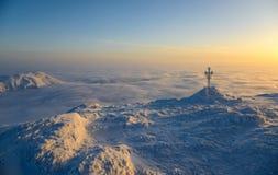 Σταυρός, φύση και καμία Στοκ εικόνες με δικαίωμα ελεύθερης χρήσης