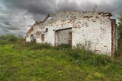Σταύλος σε ένα εγκαταλειμμένο αγρόκτημα στοκ εικόνα με δικαίωμα ελεύθερης χρήσης