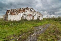 Σταύλος σε ένα εγκαταλειμμένο αγρόκτημα στοκ φωτογραφίες με δικαίωμα ελεύθερης χρήσης