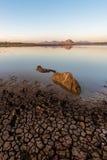 Στεγνωμένη λίμνη στην αυγή Στοκ φωτογραφίες με δικαίωμα ελεύθερης χρήσης