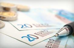 στενά χρήματα νομισμάτων επά& Στοκ Εικόνα