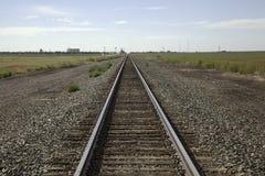 στενές διαδρομές σιδηροδρόμου γραμμών ημέρας δύο επάνω Στοκ Εικόνα