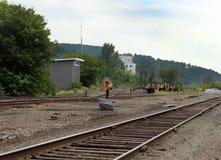στενές διαδρομές σιδηροδρόμου γραμμών ημέρας δύο επάνω Στοκ φωτογραφία με δικαίωμα ελεύθερης χρήσης