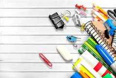 στενές σχολικές προμήθειες μοιρογνωμόνιων πυξίδων επάνω Στοκ Εικόνα