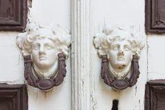 στενή λαβή πορτών που αυξάνεται Στοκ φωτογραφία με δικαίωμα ελεύθερης χρήσης