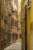 Στενή ιταλική οδός στοκ φωτογραφία με δικαίωμα ελεύθερης χρήσης