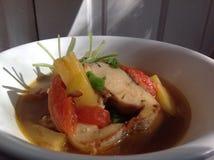 στενή καλυμμένη ψάρια σούπα επάνω Στοκ εικόνες με δικαίωμα ελεύθερης χρήσης